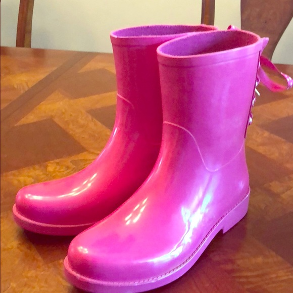 47daccd6dc58 crown   ivy Shoes - Pink rain boots. Size 7.